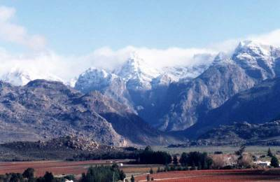 snow on De Doorns mountains
