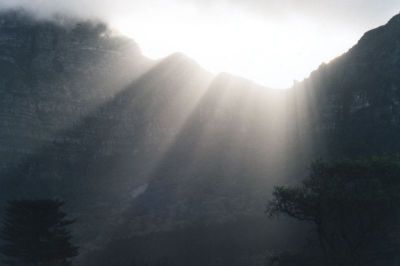 sunbeams over saddle